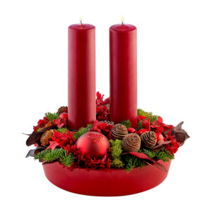 Rød dekoration med 2 bloklys